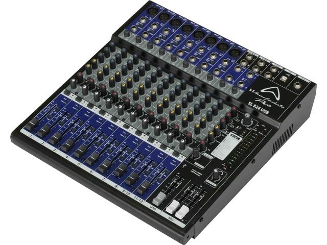 8 Mic / 4 Stereo Mixer